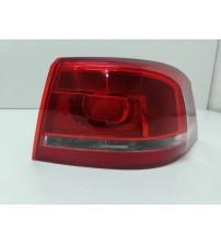 Lanterna Tras/dir Carroceria Vw Passat Sedan 2011 Detalhes